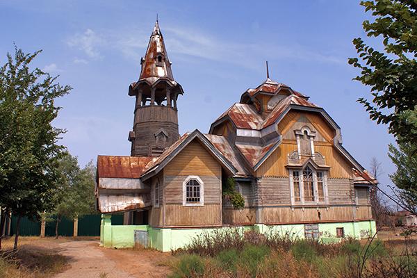 Пантелеимоновская церковь. п. Тинаки