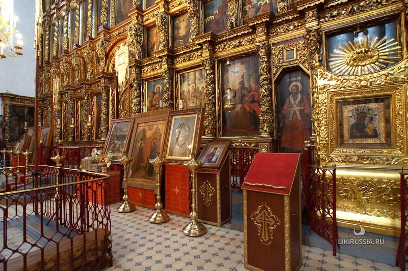 Псков. Троицкий собор. Интерьер