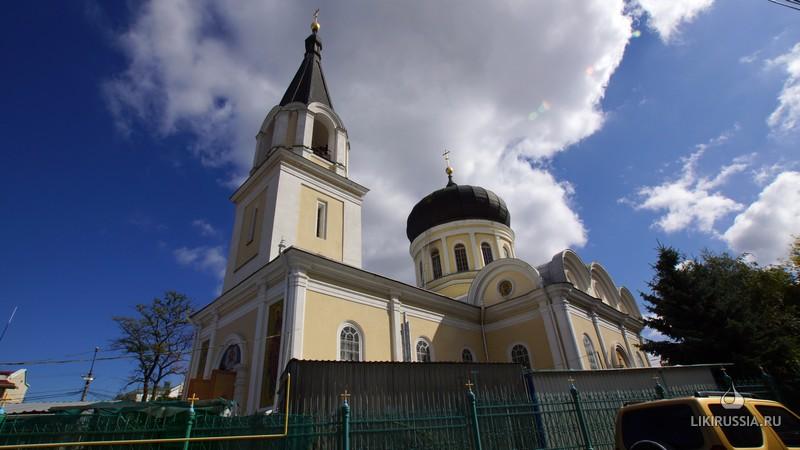 Кафедральный Петро-Павловский собор. Симферополь